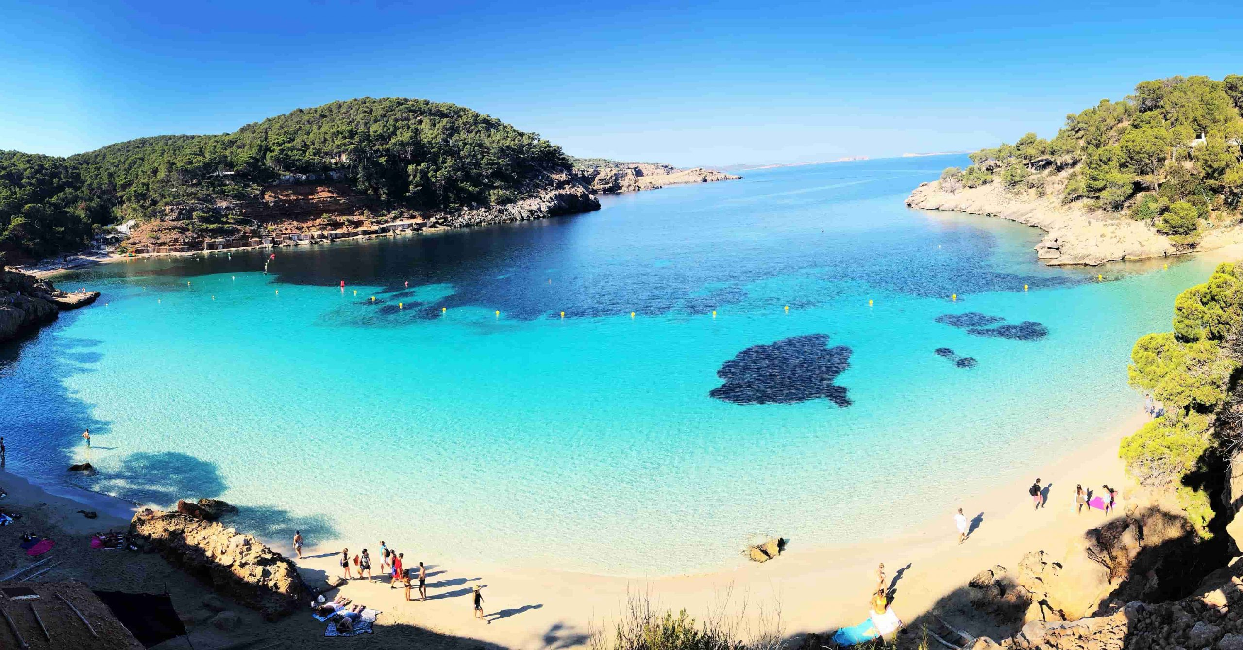 Naar Ibiza met familie of vrienden? Huur een vakantiehuis